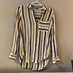 NWOT | DYNAMITE Button Up Shirt
